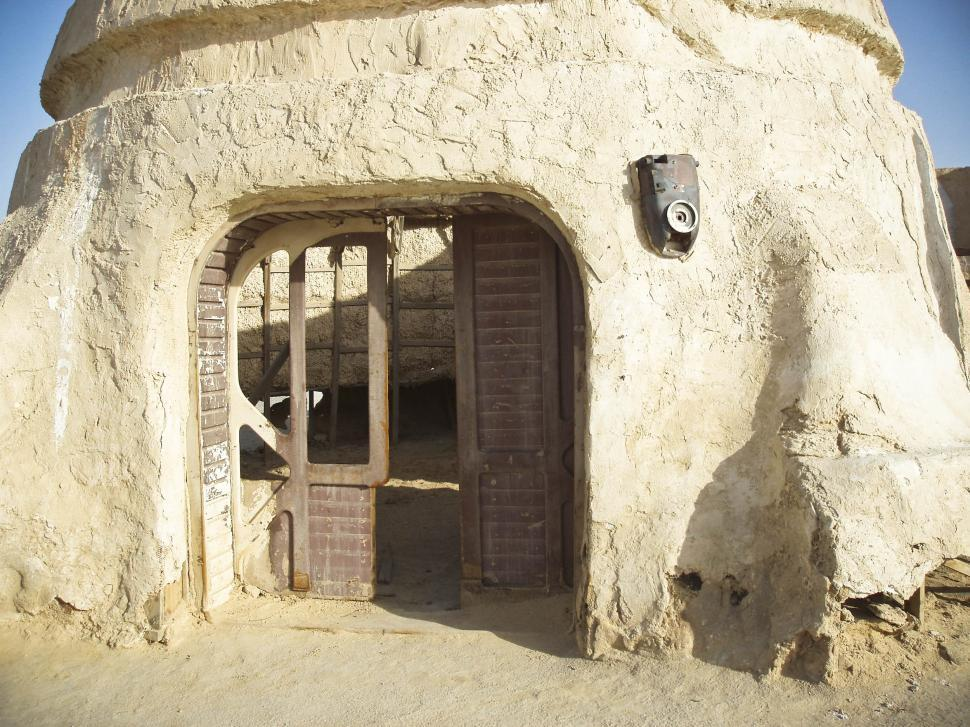 Download Free Stock HD Photo of Old house in the desert Online
