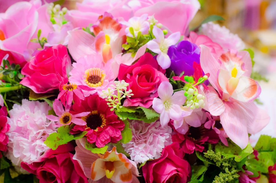 Download Free Stock HD Photo of Colorful Flower arrangement Online