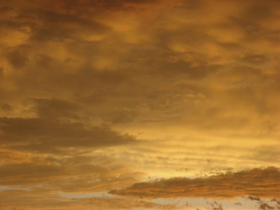 Download Free Stock HD Photo of Yellow evening sky Online