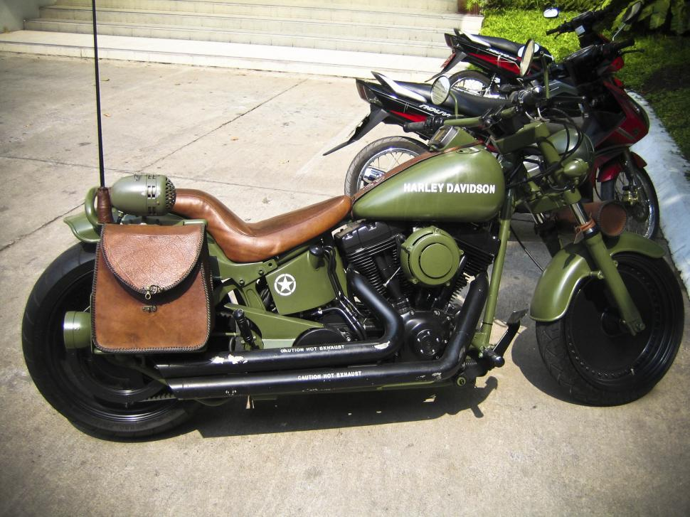 Download Free Stock HD Photo of Green harley davidson Online
