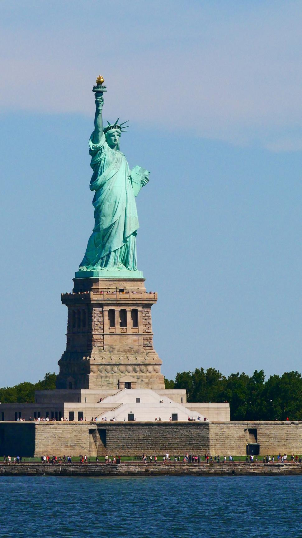 Download Free Stock HD Photo of Staute of Liberty Online