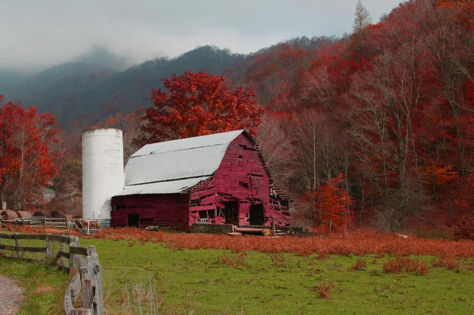Download Free Stock HD Photo of Red Barn in Mountains  Online