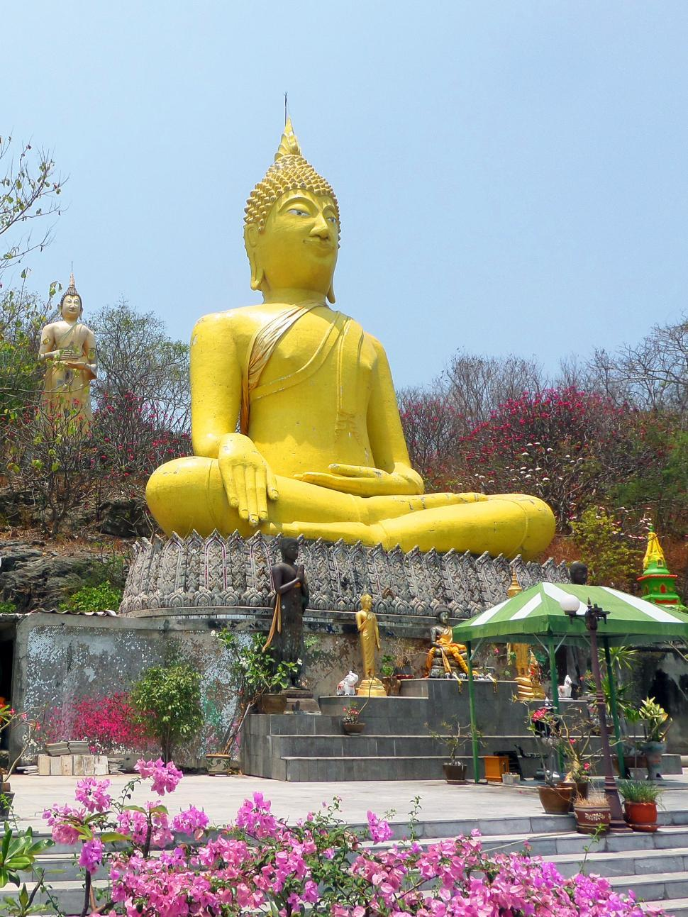 Download Free Stock HD Photo of Giant Buddha Online