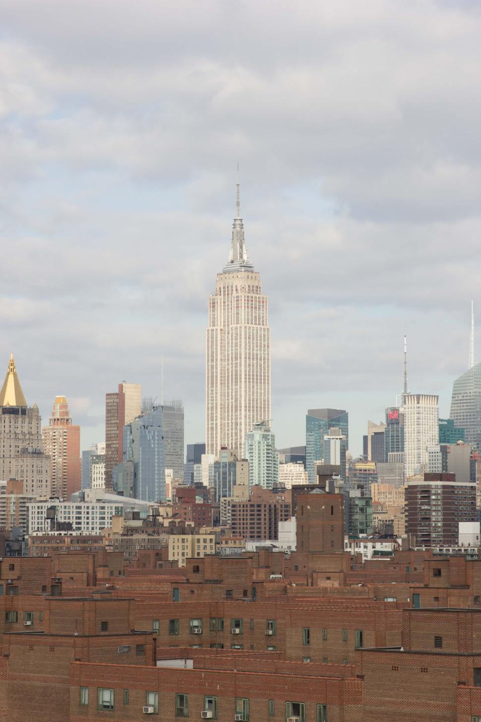 Download Free Stock HD Photo of Empire State Building in Manhattan Online