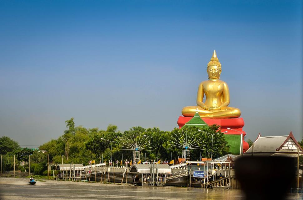 Download Free Stock HD Photo of Buddha Statue Near the Beach Online