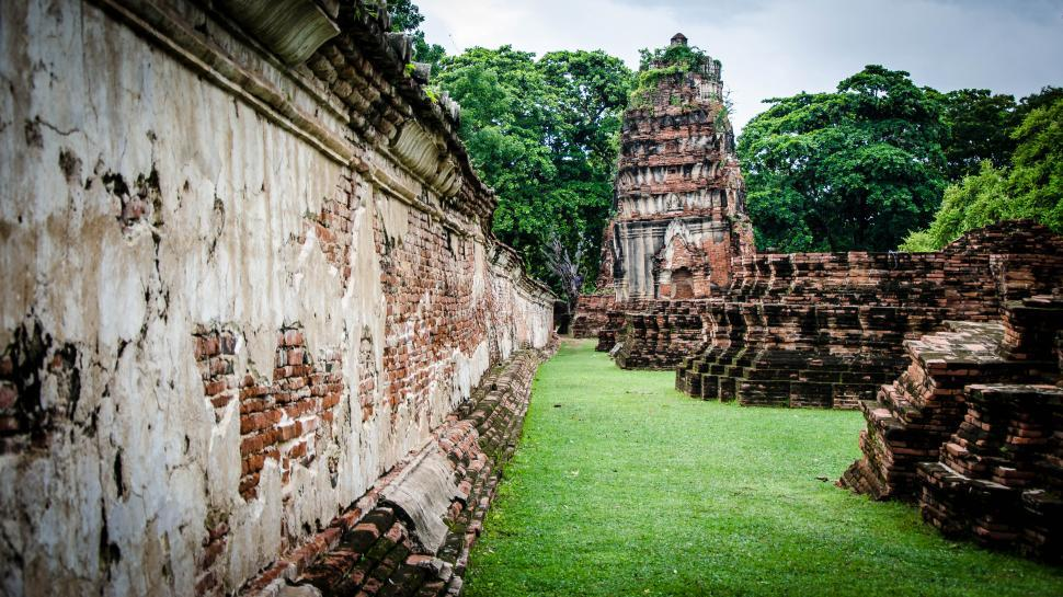Download Free Stock HD Photo of Temple wall in ruins Online