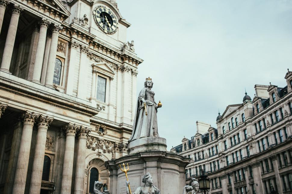 Download Free Stock HD Photo of Statue of Queen Anne of Britain at St. Paul s Cathedral Online