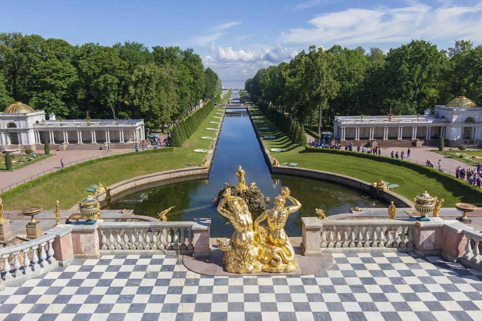 Download Free Stock HD Photo of Grounds of the Peterhof Palace Online