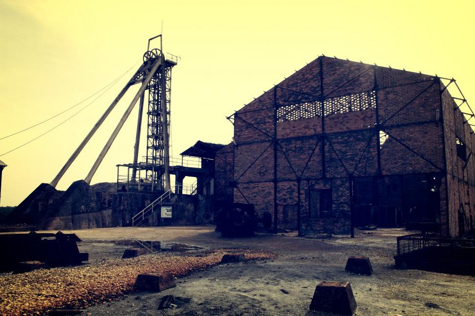 Get Free Stock Photos of Old Abandoned Mine - Mine Shaft