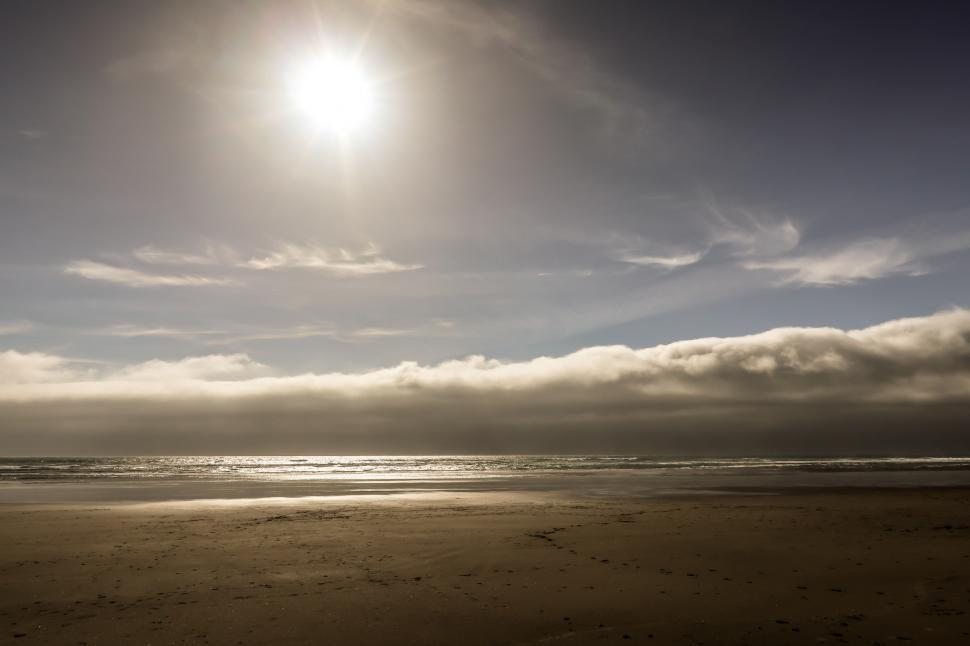 Download Free Stock HD Photo of Oregon Coast Beach with Bright Sun Online
