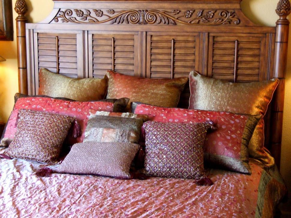 Декоративные подушки купить дизайнерские