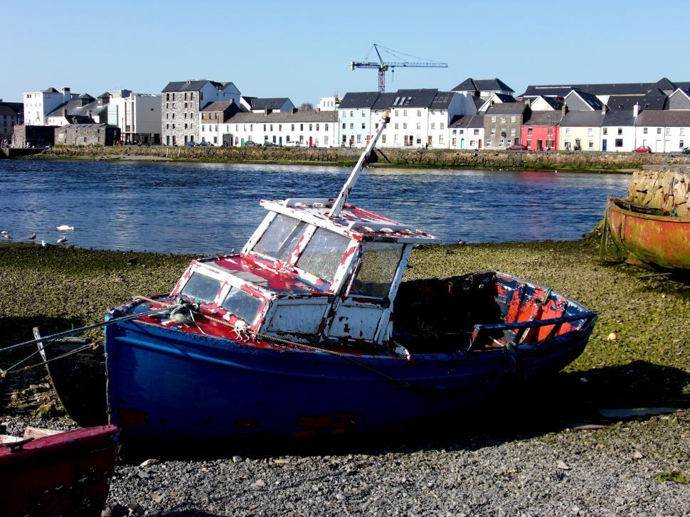 Download Free Stock HD Photo of Galway Boat, Long Road Online