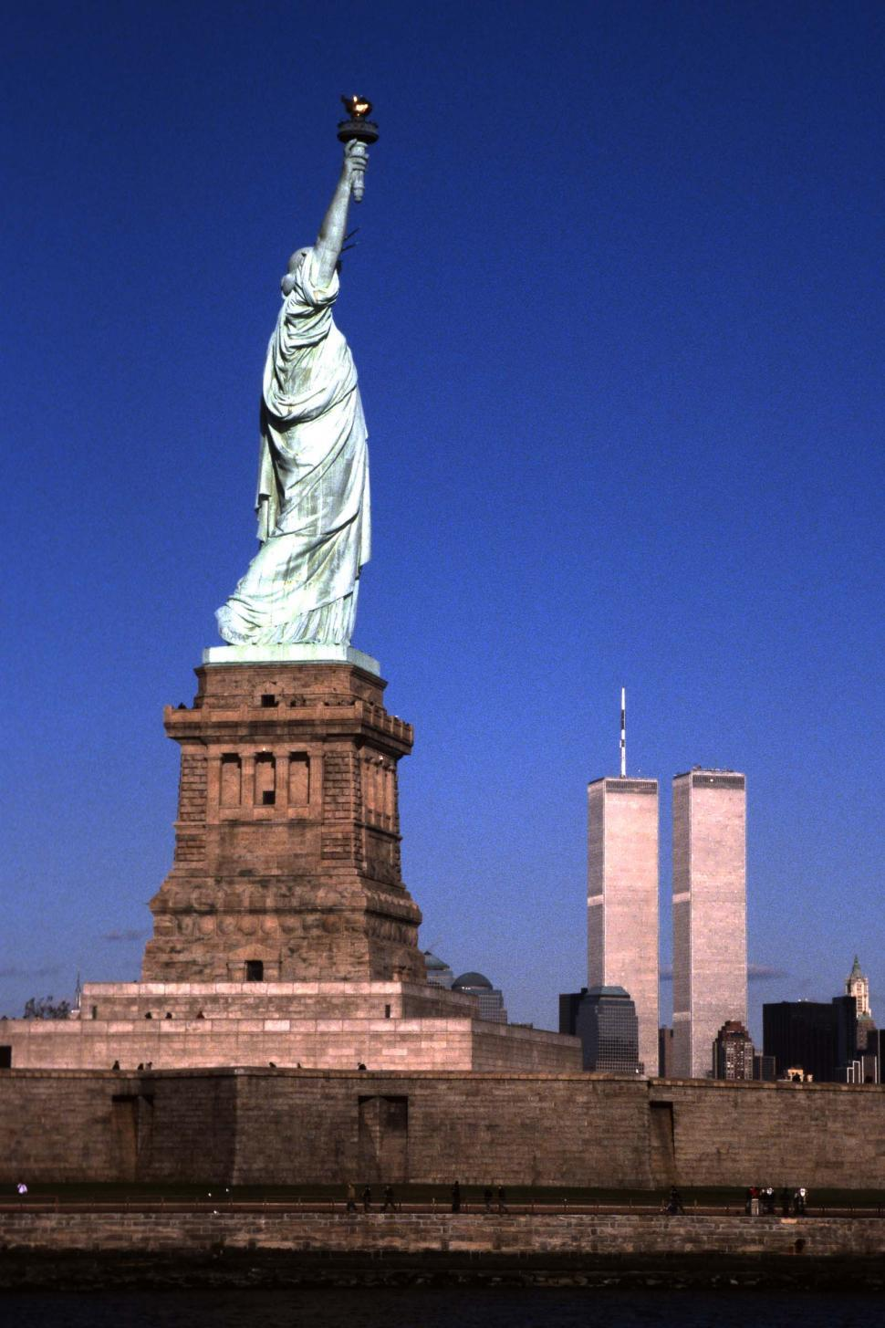 Download Free Stock HD Photo of Twin towers and Statue of Liberty Online