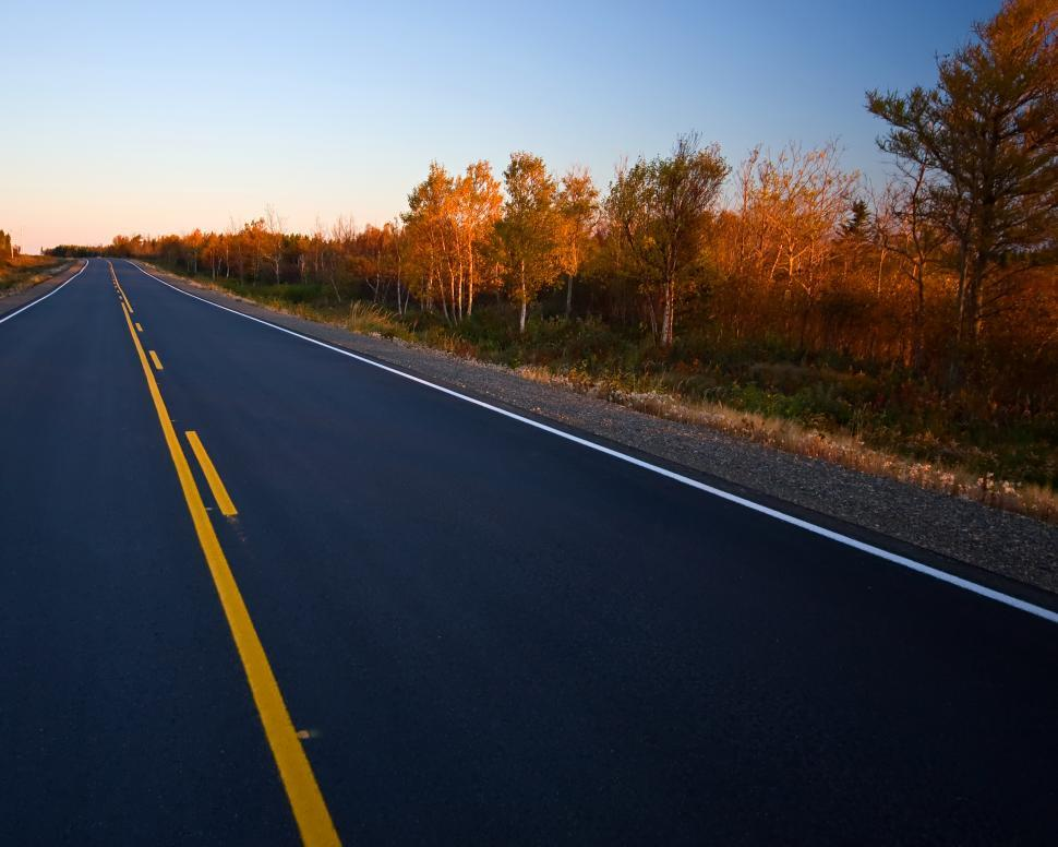 Free image of Empty road in early morning.