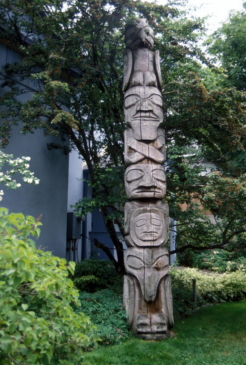 Download Free Stock HD Photo of Totem pole Online