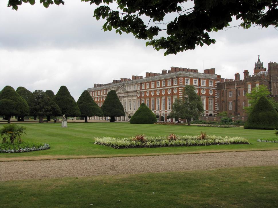 Download Free Stock HD Photo of Hampton Court Online