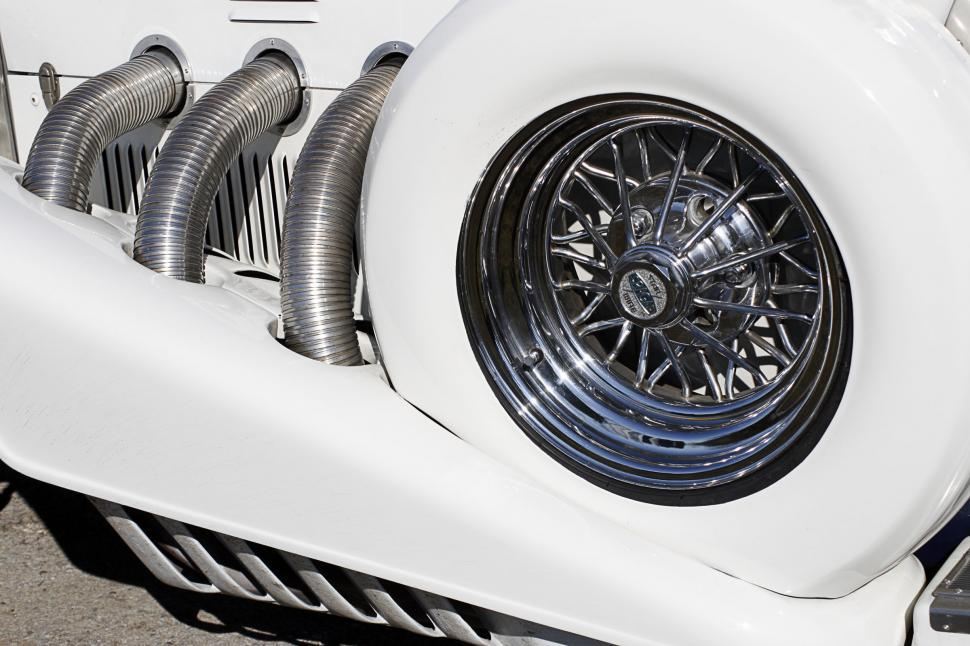 Download Free Stock HD Photo of white classic Online