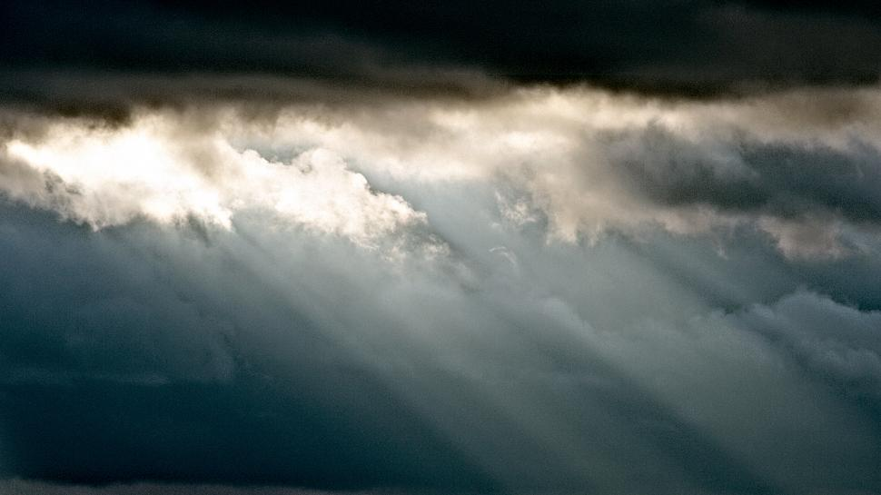 Download Free Stock HD Photo of Dramatic clouds Online