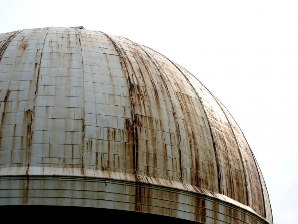 Free stock photo of an old rusty dome