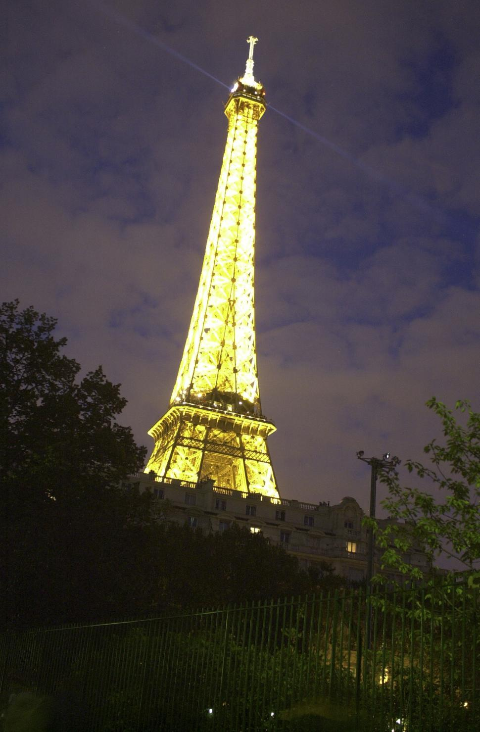 Download Free Stock HD Photo of Eiffel Tower Online