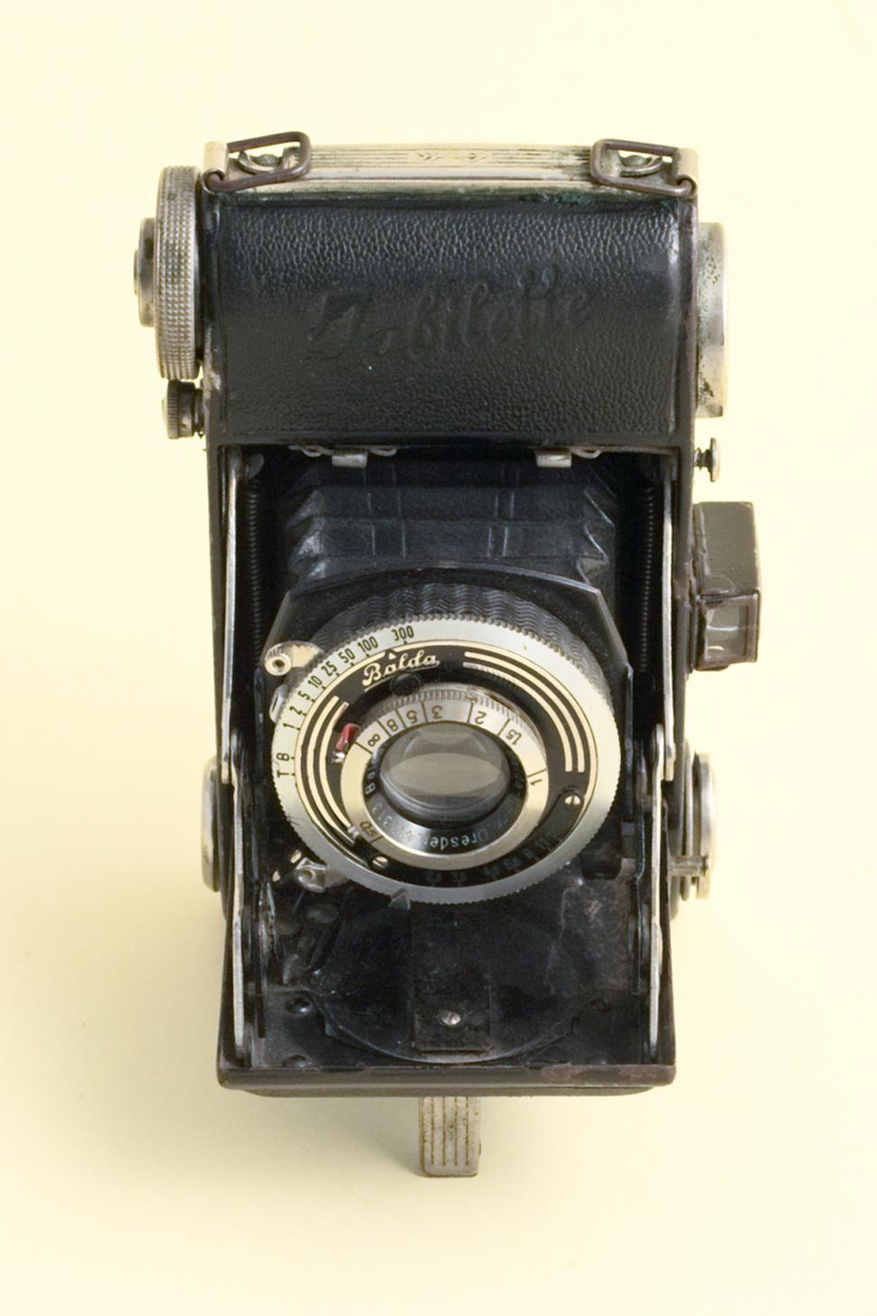 Download Free Stock HD Photo of Old camera Online