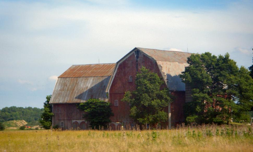 Download Free Stock HD Photo of Huge Old Roadside Barn Online