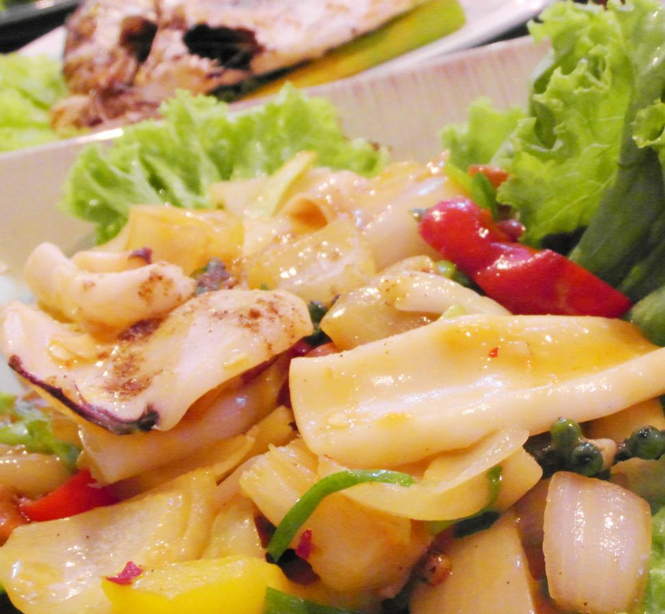 Как варить кальмаров правильно на салат