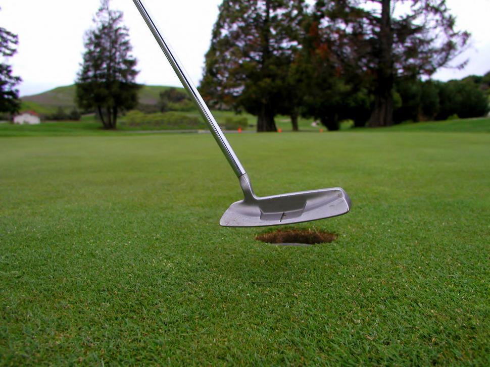 Download Free Stock HD Photo of Golf Online