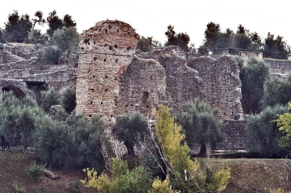 Download Free Stock HD Photo of Roman ruins Online