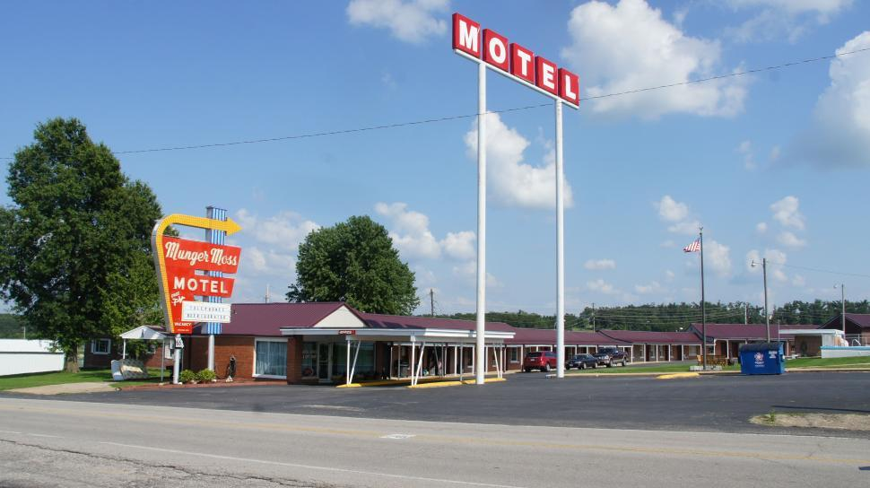 Download Free Stock HD Photo of Route 66 Classic Hotel Online