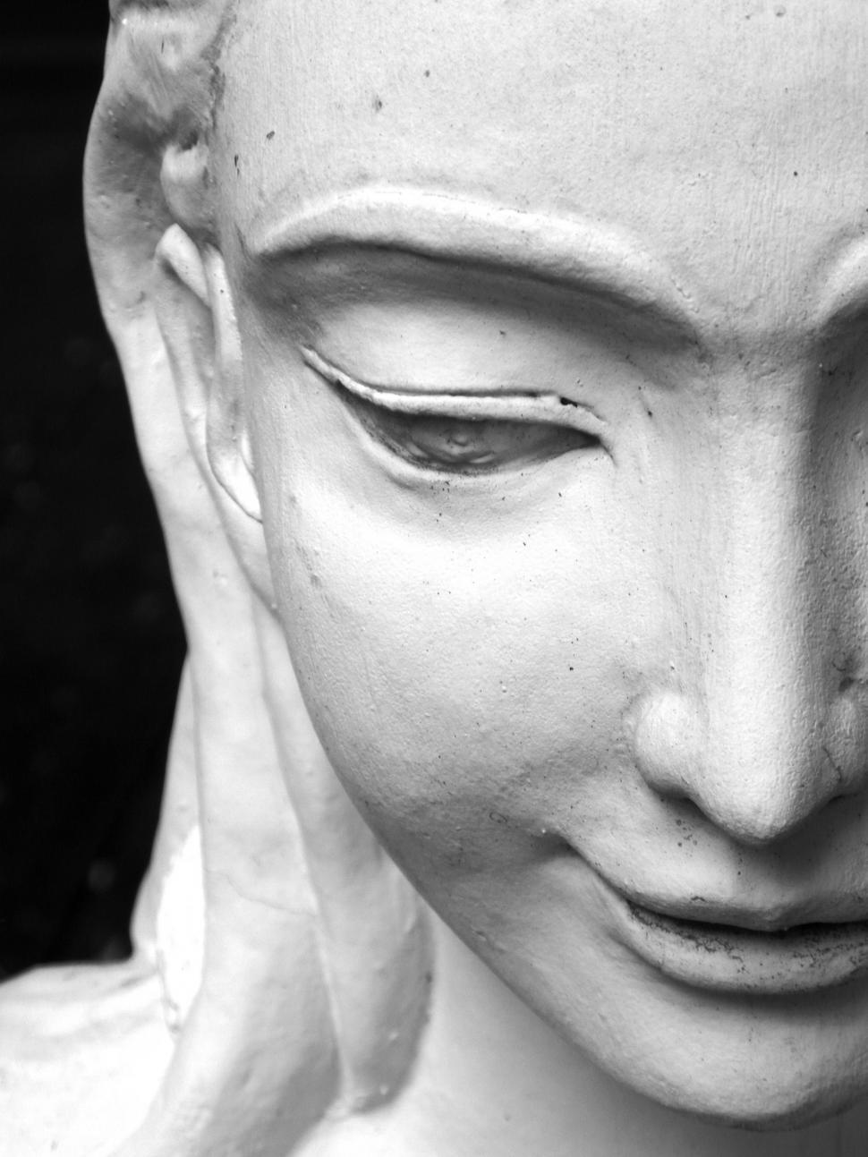 Download Free Stock HD Photo of Oriental Statue of a Woman Online
