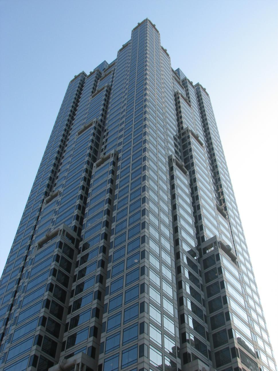 Download Free Stock HD Photo of View of a tall building in downtown Atlanta, Georgia Online