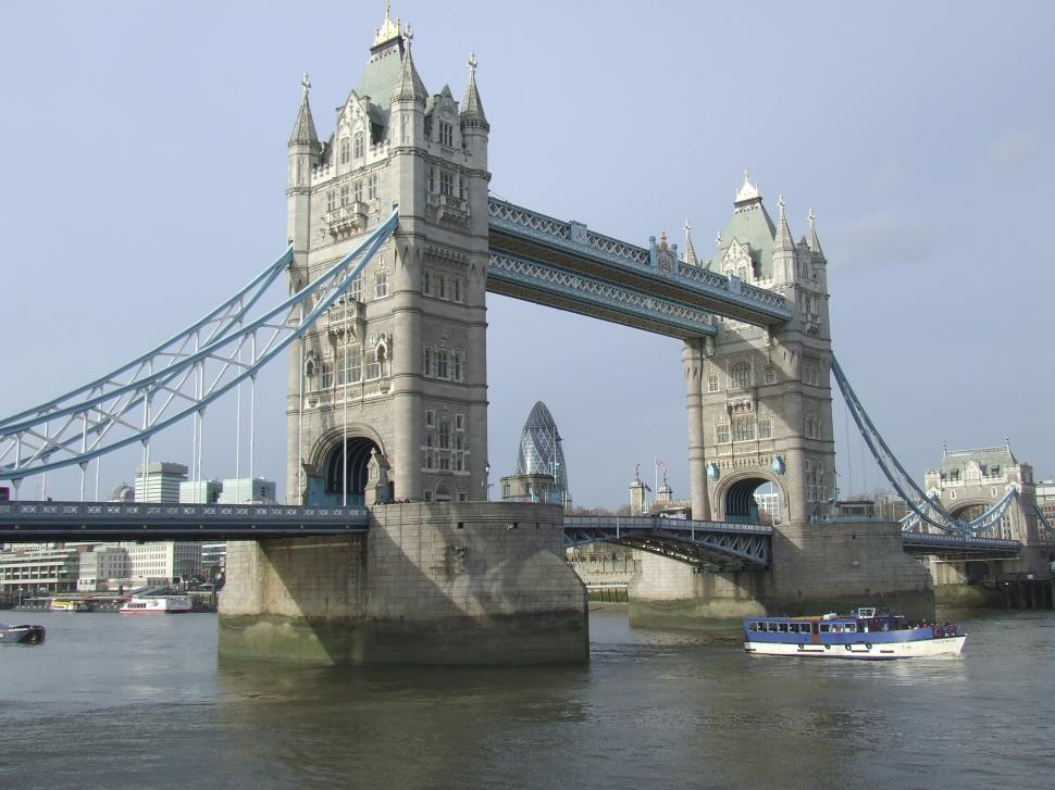 Download Free Stock HD Photo of City of London Bridge, River Thames Online