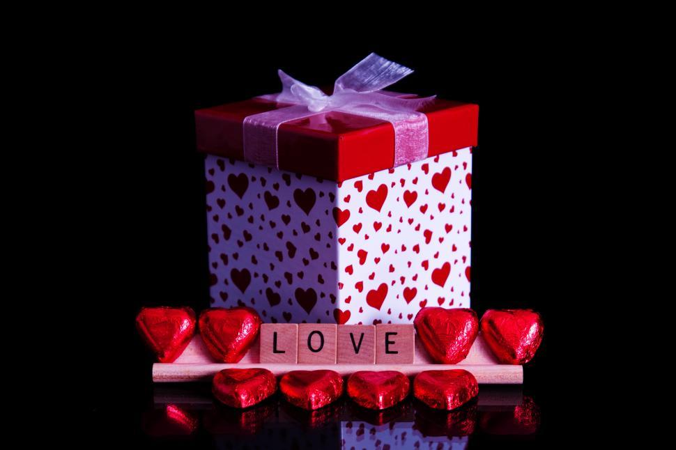 Download Free Stock HD Photo of Love Present Online