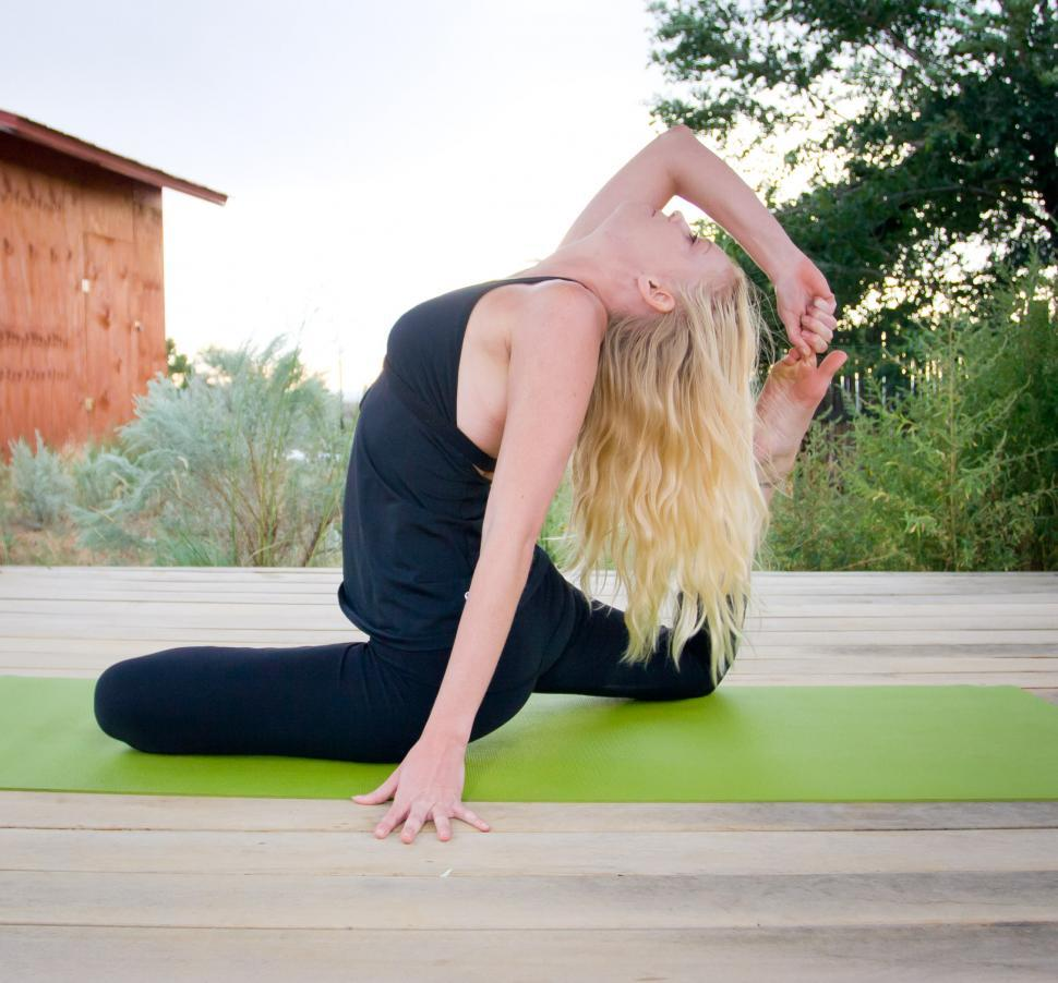 Download Free Stock HD Photo of Yoga Online