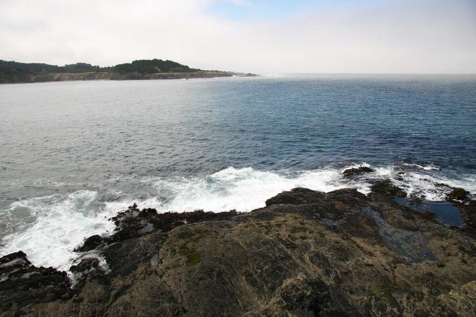 Download Free Stock HD Photo of Waves near Mendocino, California Online