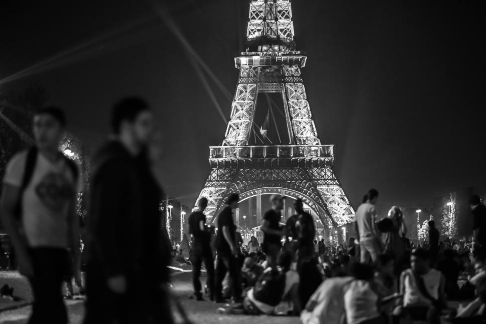 Download Free Stock HD Photo of Crowd at the Eiffel Tower Online