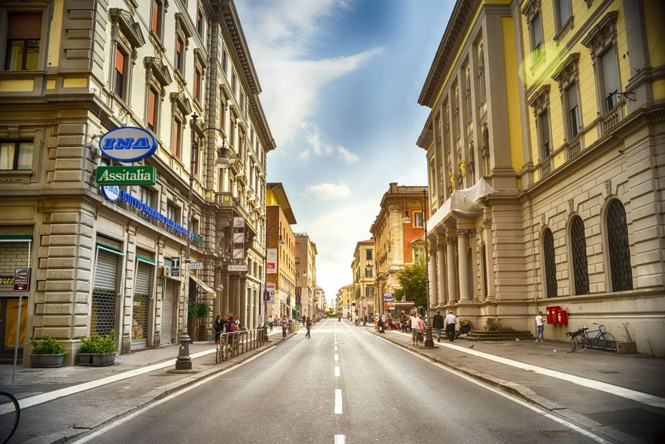 Download Free Stock HD Photo of Two lane city streets Online