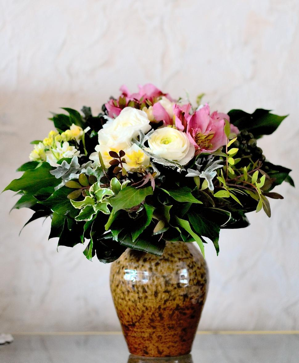 Get Free Stock Photos Of Flowers In A Vase Online Download Latest