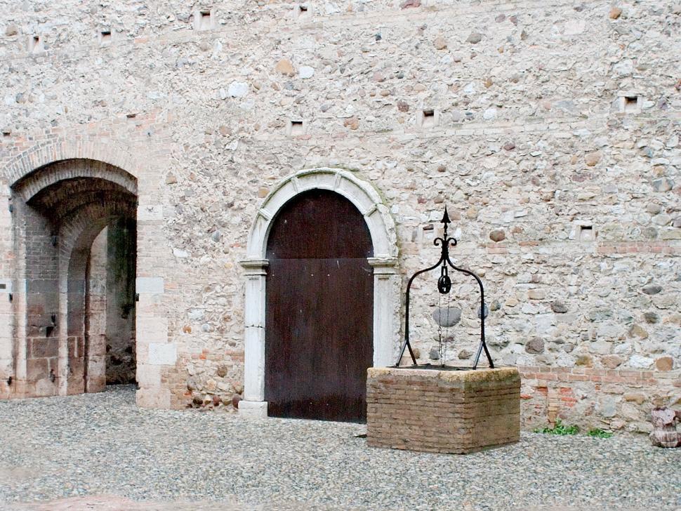 Download Free Stock HD Photo of Doors & well Online