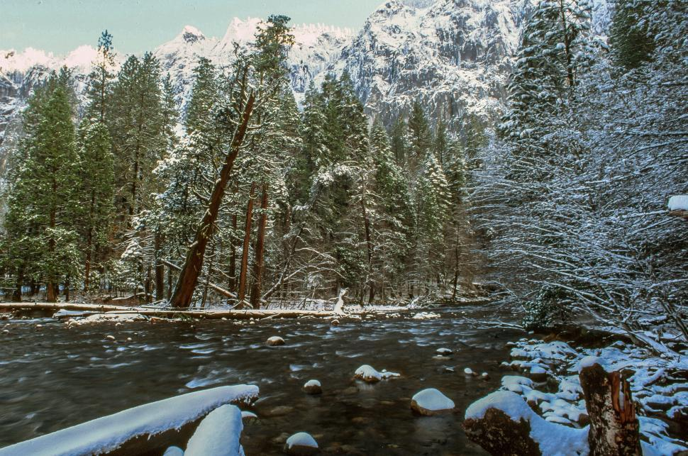 Download Free Stock HD Photo of Gates of the Valley in Yosemite Valley Online