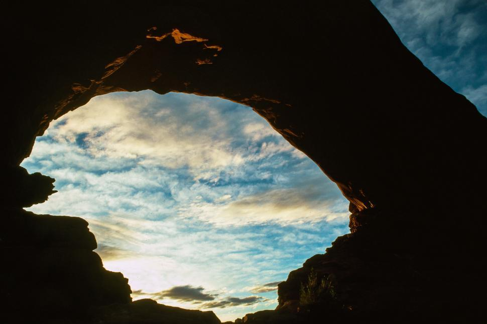 Download Free Stock HD Photo of North Window Arch Online