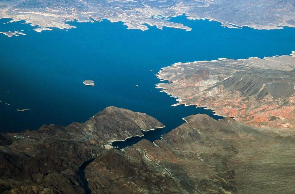 Download Free Stock HD Photo of Lake Mead and Hoover Dam Online