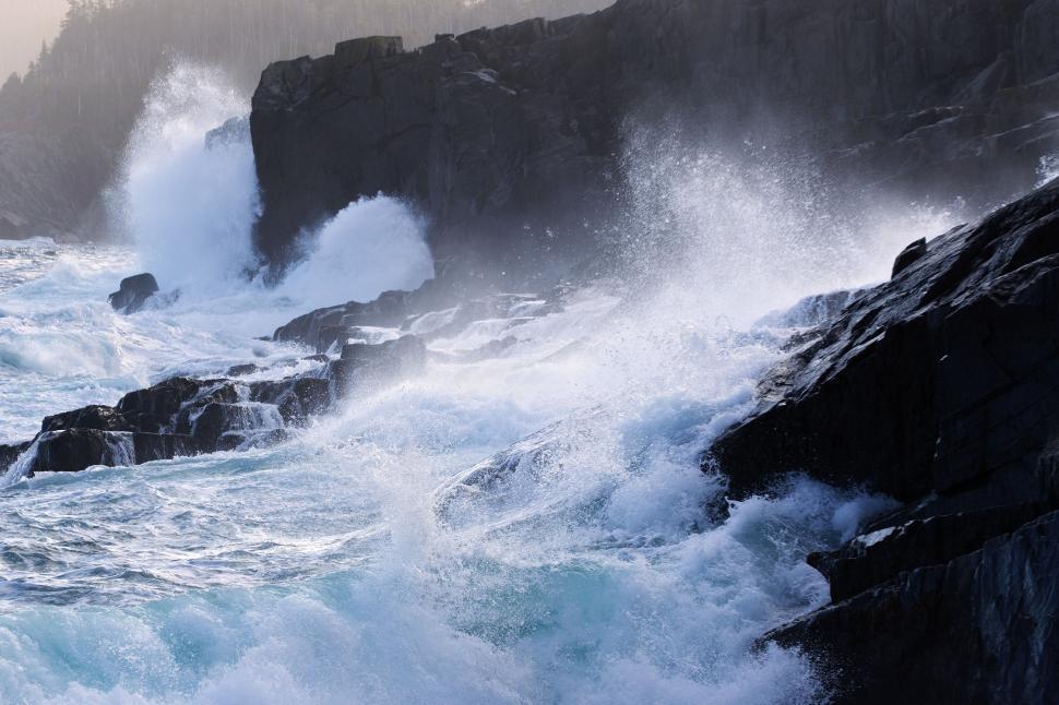 Download Free Stock HD Photo of Crashing waves Online