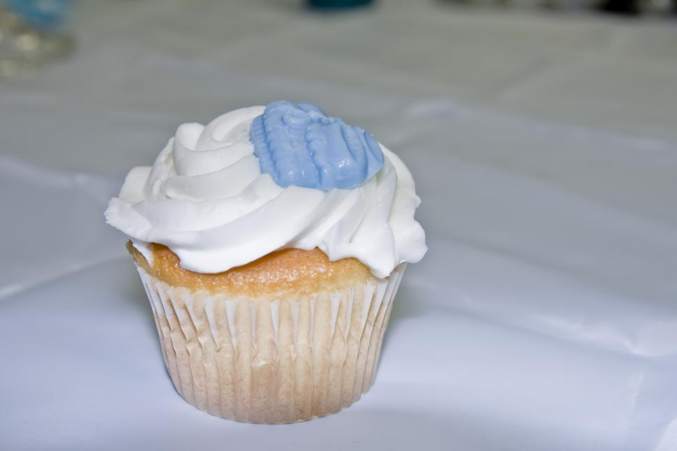 Download Free Stock HD Photo of Party Cupcake Online