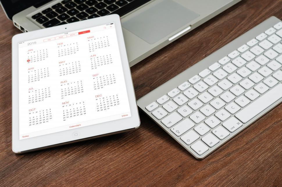 get free stock photos of mobile device with calendar app open online