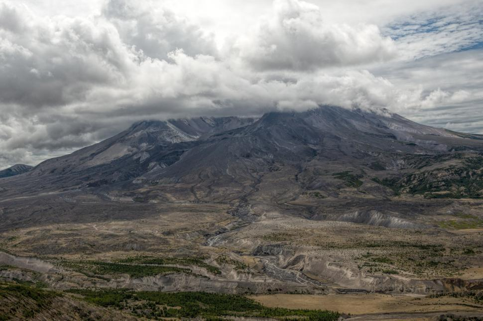 Download Free Stock HD Photo of Mount st Helens Online