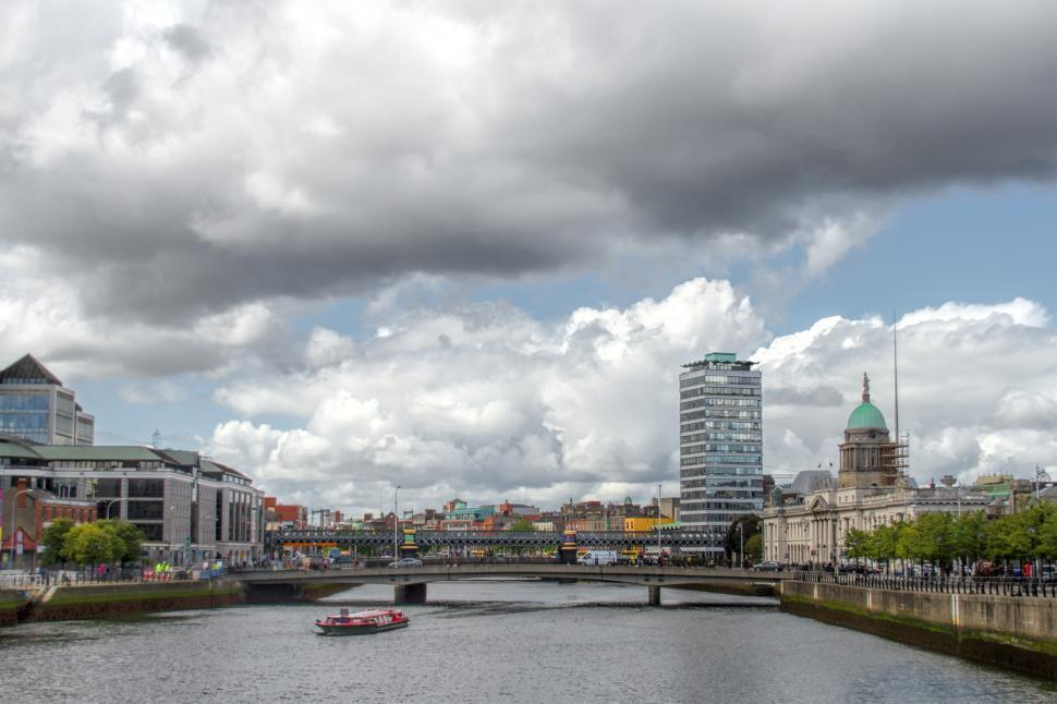 Download Free Stock HD Photo of River Liffey in Dublin Online