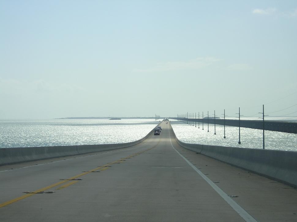 Download Free Stock HD Photo of 7 Mile Bridge Online