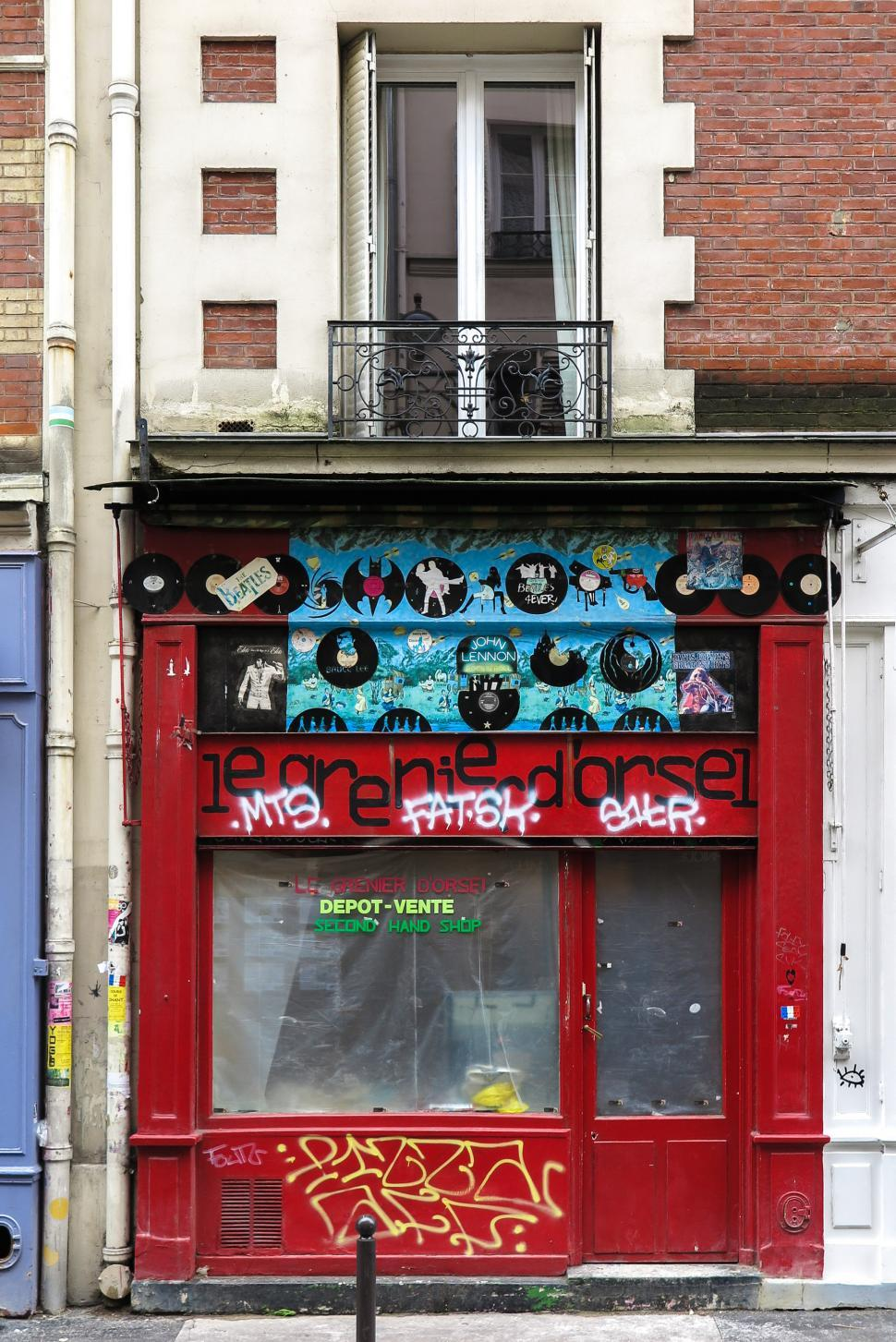 Download Free Stock HD Photo of Closed shop in Paris Online